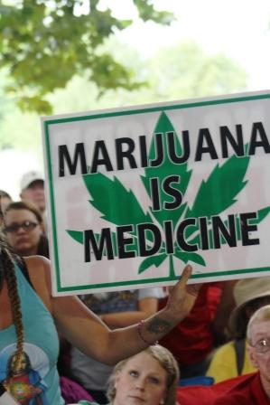 Medical marijuana resolution clears House hurdle