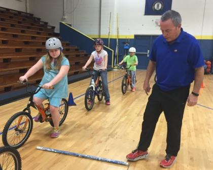Wingo students practice bicycle safety