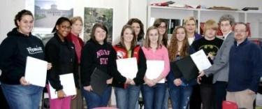 Hickman County Bar supports high school mock trial team