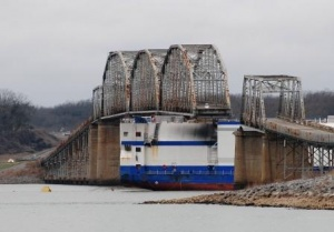 One last look at Delta Mariner and Eggner's Ferry Bridge