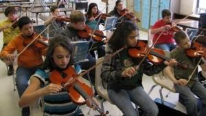 Cuba Elementary students not just fiddlin' around