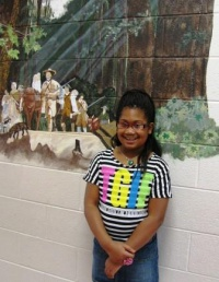 Symsonia Elementary Laniya Yarber helping others
