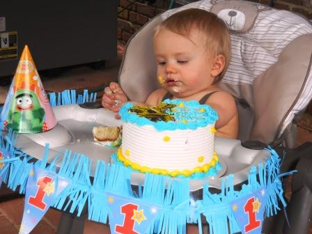 Eli and his birthday cake