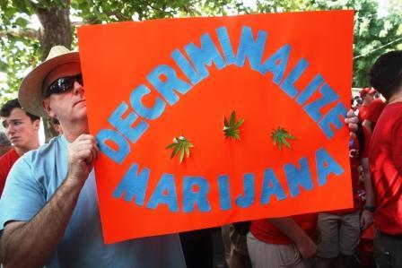 Lawmakers discuss pros and cons of medical marijuana