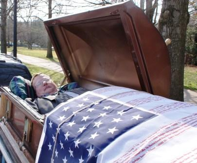 Otis Hensley in his coffin