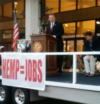 Ag Commissioner Jamie Comer at industrial hemp press conference