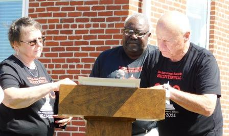 Retired Courier Journal reporter pens 200th Hickman County Anniversary Proclamation