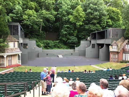 State Leasing Amphitheater at My Old Kentucky Home State Park to Nelson County