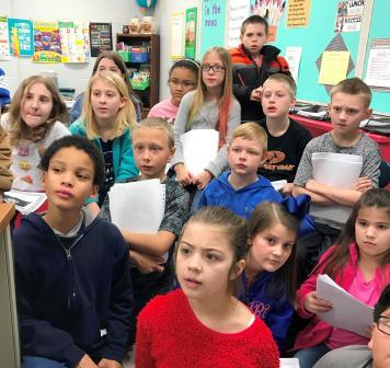 Across the miles: Wingo 4th graders skype with others