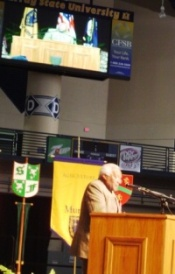 Archbishop Tutu wows crowd of 4000
