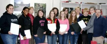 Hickman County Bar supports high school mock trial team