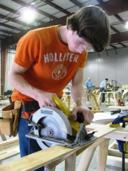 Three Graves County Students achieve in carpentry competion