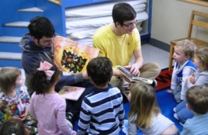 Lone Oak students read to tots for day of caring